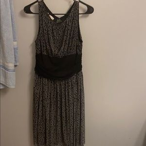 A London Times Black chain link dress